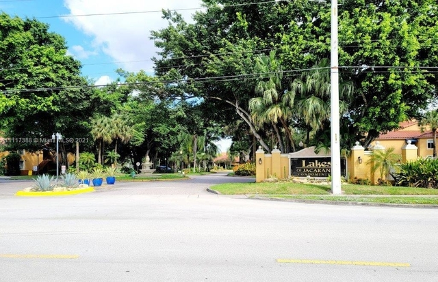 2 Bedrooms, Jacaranda West Rental in Miami, FL for $1,800 - Photo 1