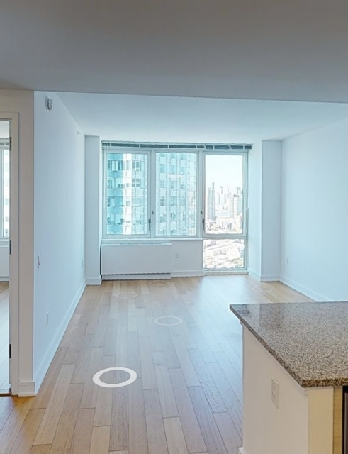 1 Bedroom, Long Island City Rental in NYC for $3,842 - Photo 1