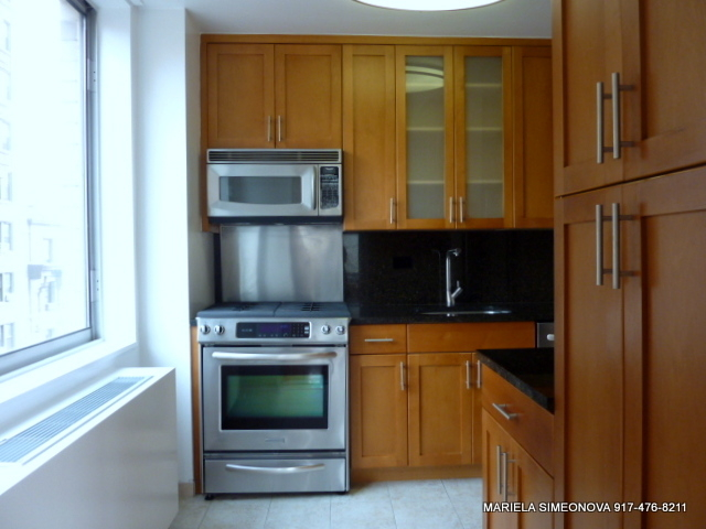 3 Bedrooms, Upper West Side Rental in NYC for $7,050 - Photo 2