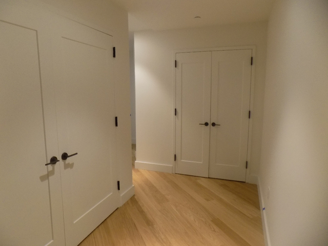 1 Bedroom, Financial District Rental in NYC for $3,227 - Photo 2