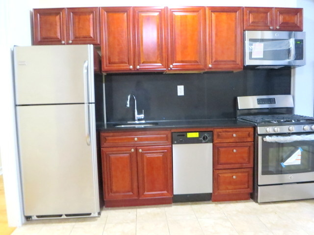 2 Bedrooms, Central Harlem Rental in NYC for $2,750 - Photo 2