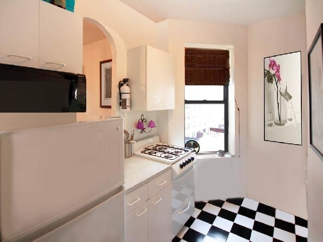 1BR at 58th Street - Photo 1