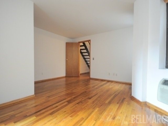3 Bedrooms, West Village Rental in NYC for $7,000 - Photo 2
