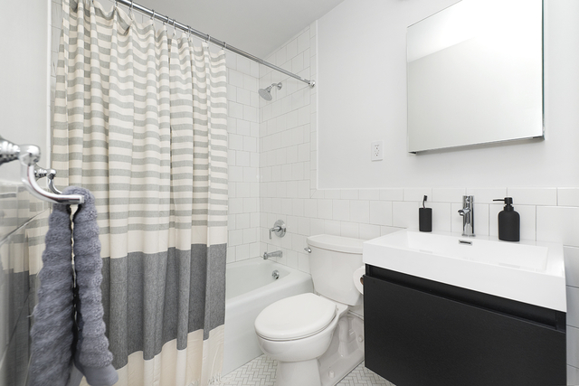 3BR at 275 South Street - Photo 6
