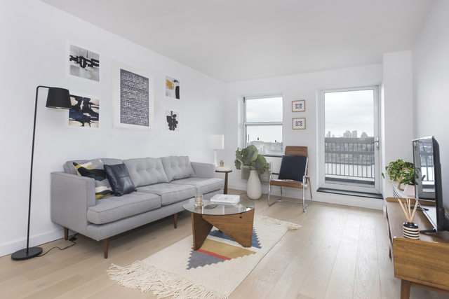 3BR at 275 South Street - Photo 8