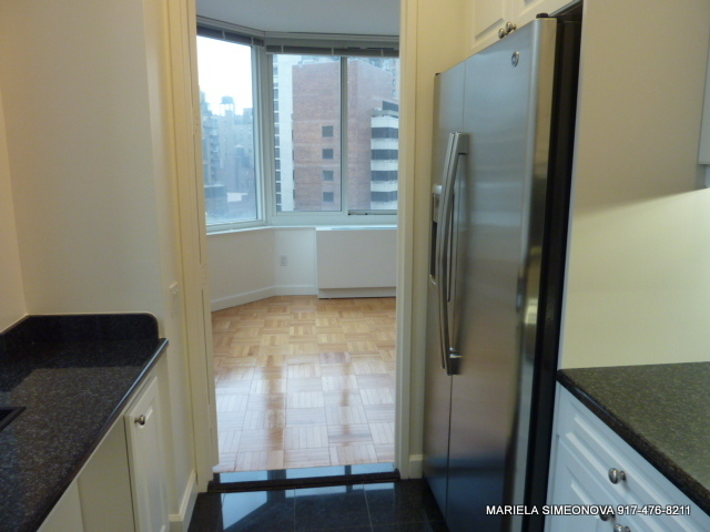 3 Bedrooms, Upper East Side Rental in NYC for $6,200 - Photo 2