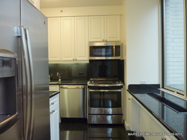 3 Bedrooms, Upper East Side Rental in NYC for $6,200 - Photo 1