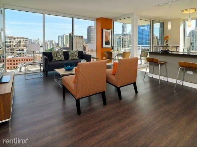 3 Bedrooms, River North Rental in Chicago, IL for $5,595 - Photo 1