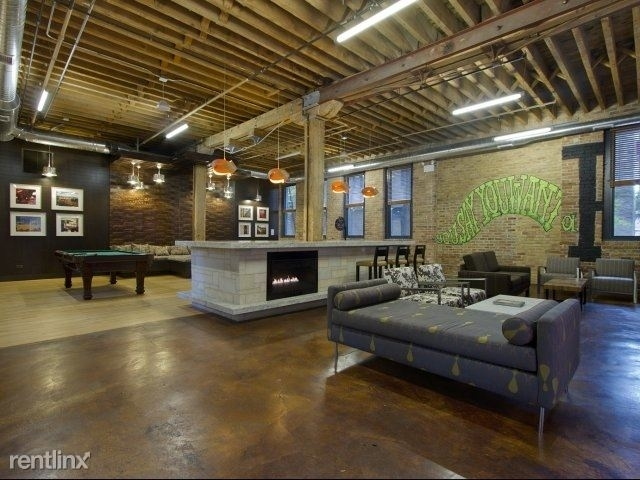 2 Bedrooms, Old Town Rental in Chicago, IL for $2,800 - Photo 2