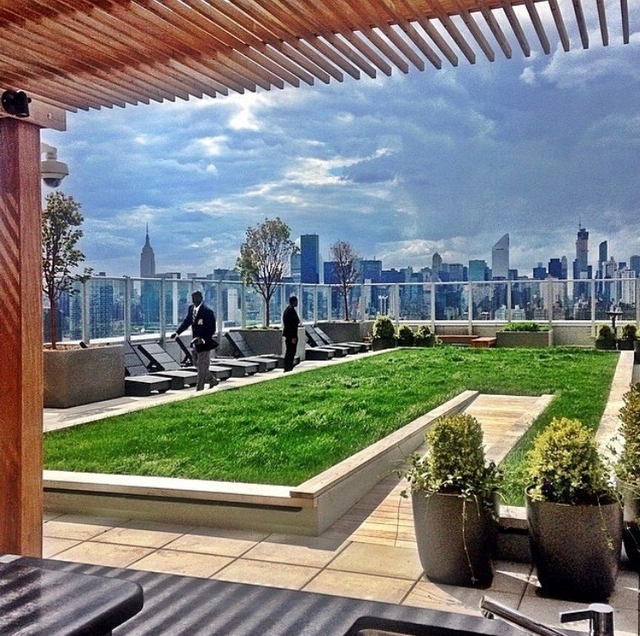 2 Bedrooms, Long Island City Rental in NYC for $4,325 - Photo 1