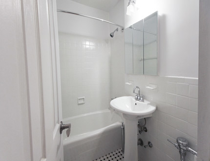 1 Bedroom, Briarwood Rental in NYC for $1,750 - Photo 1