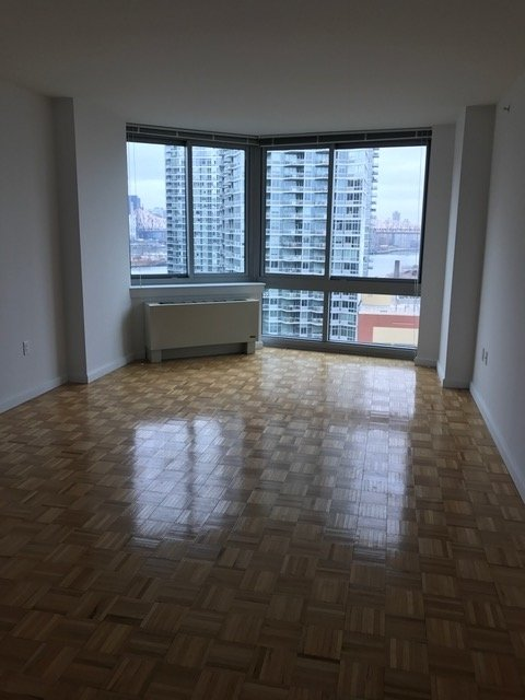 2 Bedrooms, Long Island City Rental in NYC for $4,400 - Photo 1