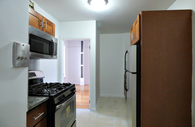 3 Bedrooms, Washington Heights Rental in NYC for $2,980 - Photo 1