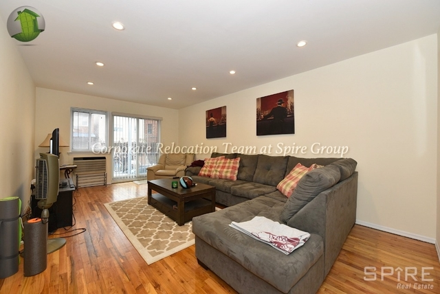 3 Bedrooms, Astoria Rental in NYC for $4,195 - Photo 2