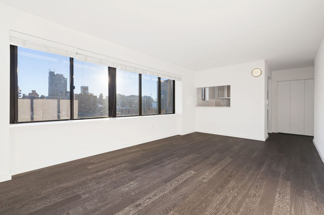 2 Bedrooms, Chelsea Rental in NYC for $6,477 - Photo 2