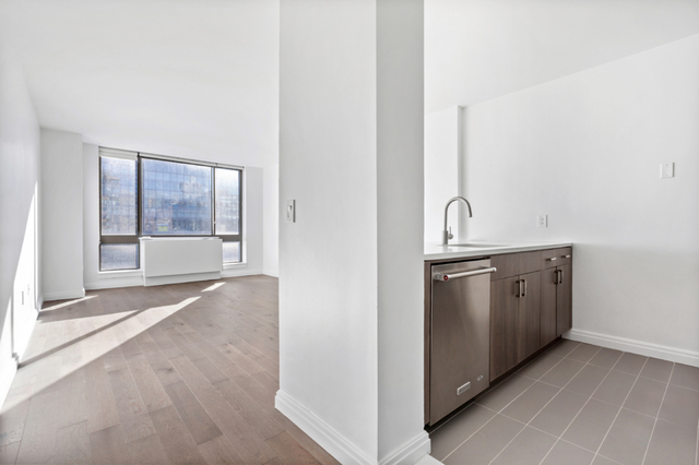 2 Bedrooms, Kips Bay Rental in NYC for $5,325 - Photo 1