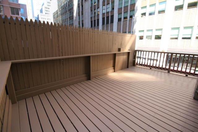 3 Bedrooms, Murray Hill Rental in NYC for $5,365 - Photo 1