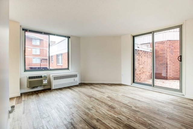 ... Gramercy Park Rental In NYC For $4,300   Photo 2