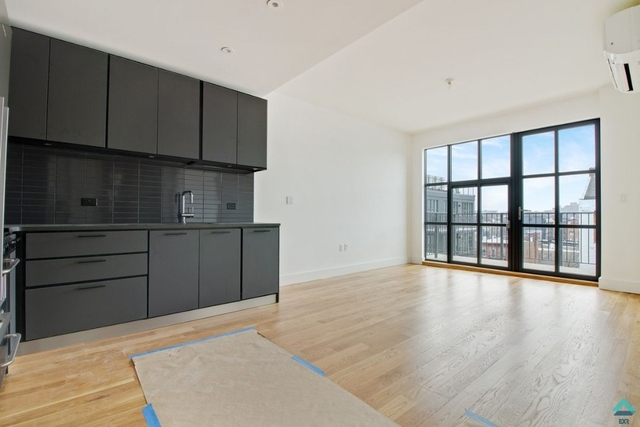 1 Bedroom, Crown Heights Rental in NYC for $2,985 - Photo 1