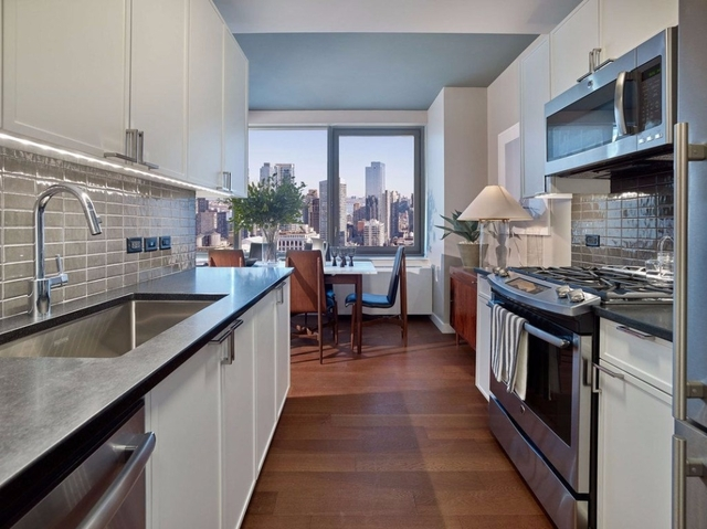 Studio, Chelsea Rental in NYC for $3,500 - Photo 2