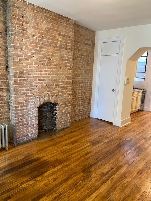Studio, Yorkville Rental in NYC for $1,800 - Photo 1