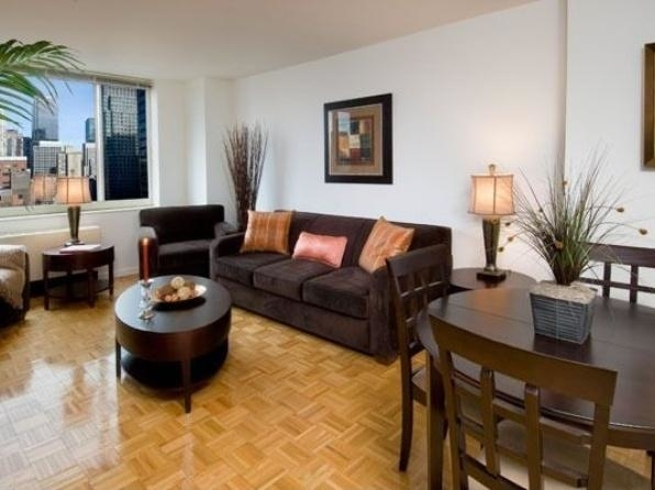 1 Bedroom, Theater District Rental in NYC for $3,390 - Photo 1