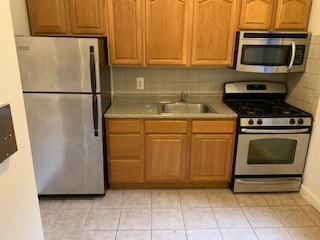 2 Bedrooms, Washington Heights Rental in NYC for $2,103 - Photo 1