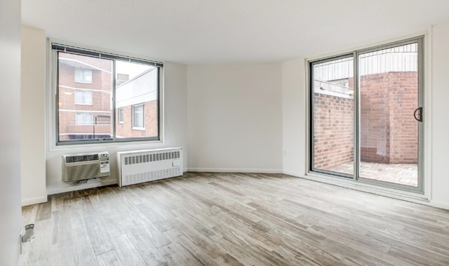 3 Bedrooms, Gramercy Park Rental in NYC for $4,700 - Photo 2