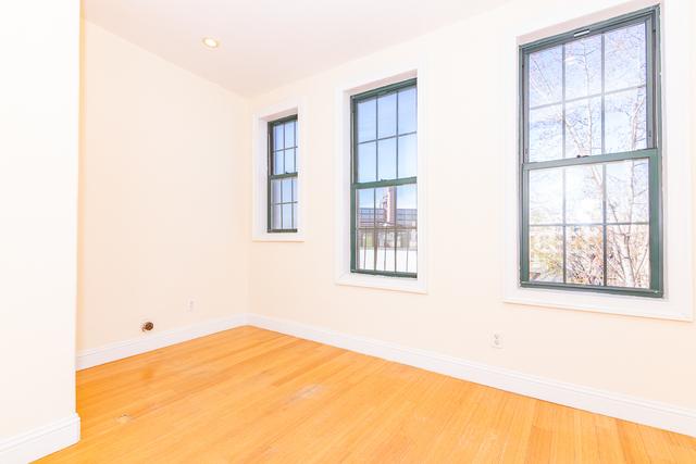 2 Bedrooms, Bushwick Rental in NYC for $1,788 - Photo 1