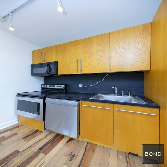 2 Bedrooms, SoHo Rental in NYC for $5,500 - Photo 2