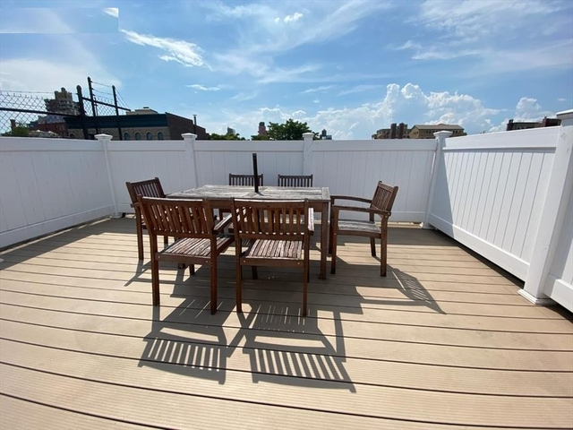 3 Bedrooms, Gramercy Park Rental in NYC for $4,665 - Photo 2