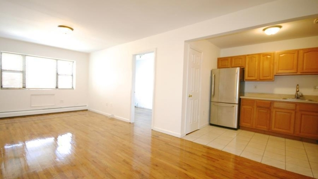 3 Bedrooms, Bedford-Stuyvesant Rental in NYC for $2,895 - Photo 2