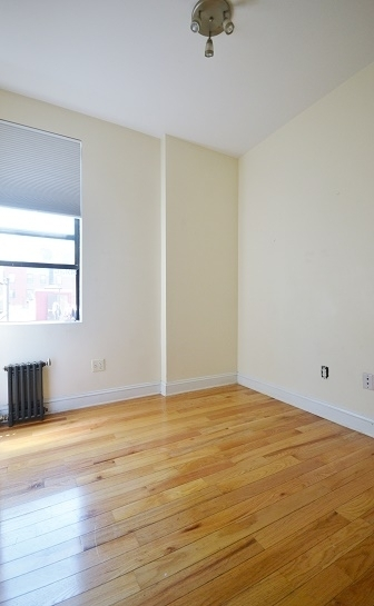 3 Bedrooms, Lower East Side Rental in NYC for $4,495 - Photo 2