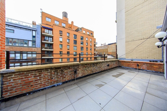 3 Bedrooms, Chelsea Rental in NYC for $5,340 - Photo 1