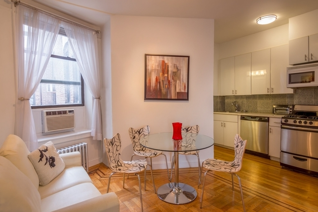 3 Bedrooms, SoHo Rental in NYC for $5,750 - Photo 2