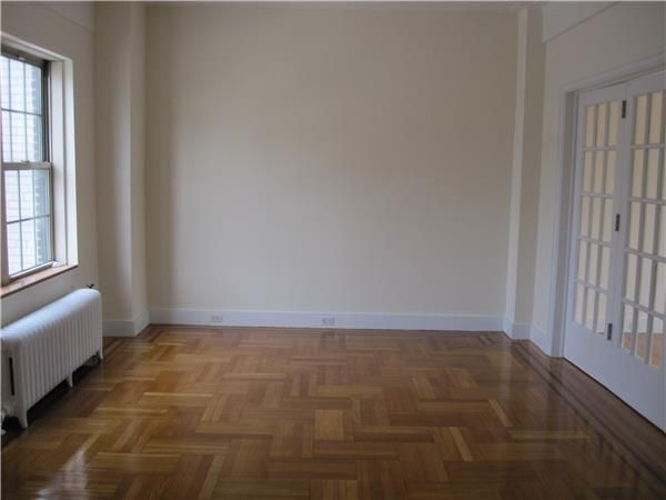 1 Bedroom, Lenox Hill Rental in NYC for $4,200 - Photo 2
