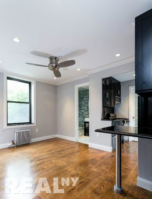 2 Bedrooms, Alphabet City Rental in NYC for $3,570 - Photo 1