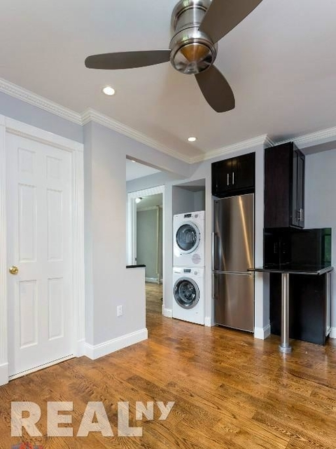 2 Bedrooms, Alphabet City Rental in NYC for $3,570 - Photo 2