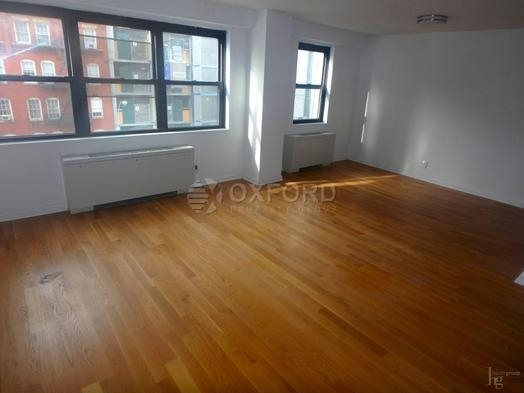 2 Bedrooms, Carnegie Hill Rental in NYC for $6,500 - Photo 2