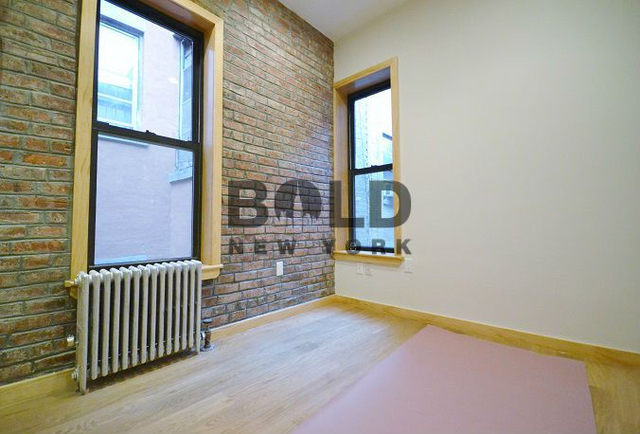 2BR at 33 Henry Street - Photo 3