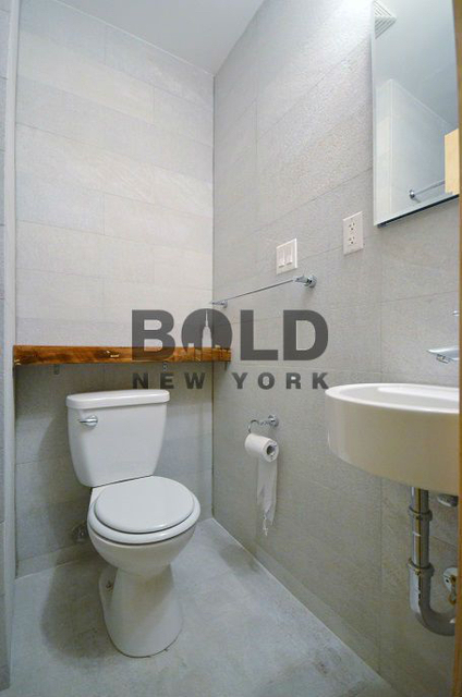 2BR at 33 Henry Street - Photo 5