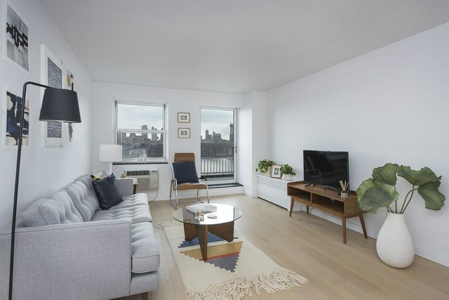 3BR at South Street - Photo 1