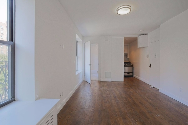 1 Bedroom, Stuyvesant Town - Peter Cooper Village Rental in NYC for $2,400 - Photo 1
