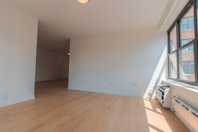 2 Bedrooms, Greenwich Village Rental in NYC for $6,300 - Photo 2