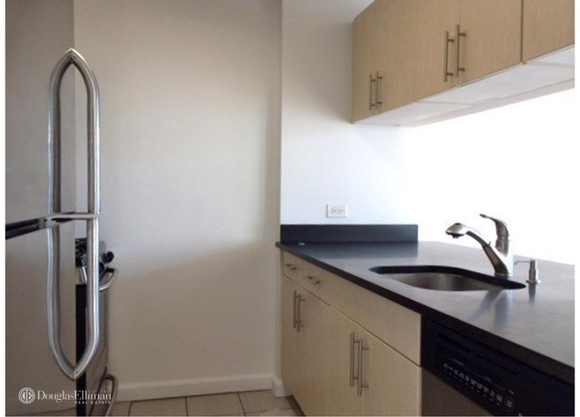 1 Bedroom, Chelsea Rental in NYC for $6,575 - Photo 2