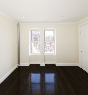 3 Bedrooms, Gramercy Park Rental in NYC for $5,174 - Photo 2