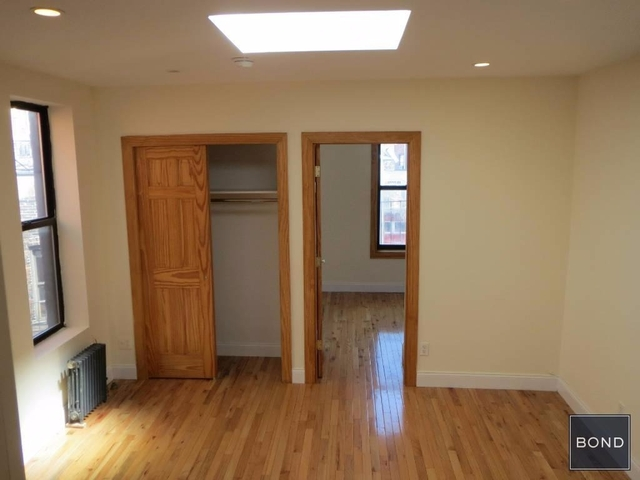 2 Bedrooms, East Village Rental in NYC for $3,490 - Photo 2