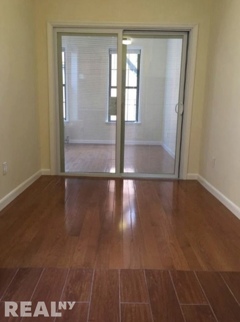 1BR at 49 Catherine Street - Photo 3