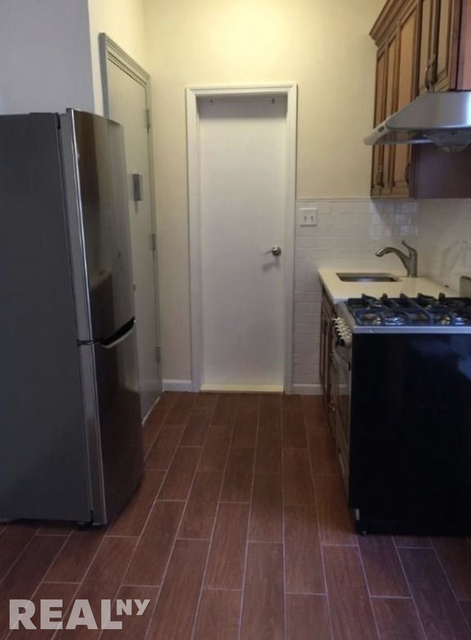 1BR at 49 Catherine Street - Photo 1