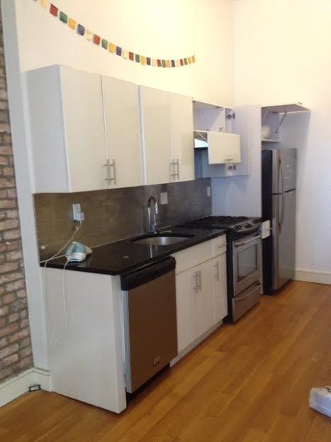 2 Bedrooms, Bushwick Rental in NYC for $1,925 - Photo 1
